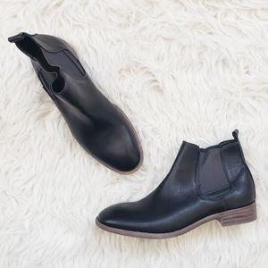Robert Wayne Oklahoma Chelsea Black Boot